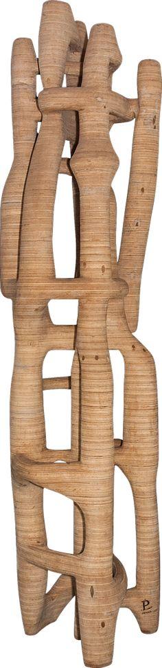 Paulo Laender - TORRES BRANCAS - escultura em madeira laminada colada e cavilhada - data2010 - dim diam 65 x 325 cms