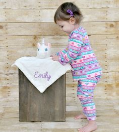 Personalized blankie on etsy so cute Toddler Gifts, Baby Gifts, New Things To Try, Lovey Blanket, Me As A Girlfriend, Cool Gifts, White Unicorn, Security Blanket, Crafty