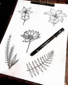 Desenho de flores em preto e branco.  #desenho #drawing #art #arte #pretoebranco #flores