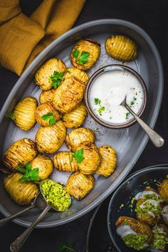 Air fryer Hasselback Potatoes - Sandhya's Kitchen Mini Potatoes, Hasselback Potatoes, Crispy Potatoes, Roasted Potatoes, Vegan Side Dishes, Potato Sides, Zucchini Fries, Homemade Yogurt, Sunday Roast