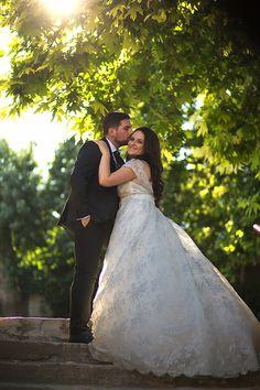 Romantic wedding in summer Elegant Wedding Gowns, Bohemian Wedding Dresses, Summer Wedding, Wedding Day, Chic Summer Style, Greece Wedding, Romantic Lace, Real Weddings, Bride