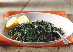 Lemon Spinach with Toasted Pistachios