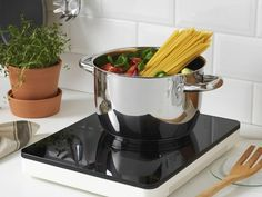 Who needs a kitchen stove when you have a TILLREDA