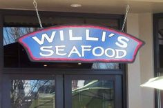 A Flight to the North Bay to Try Willi's Seafood & Raw Bar [The Flying Gourmet] - http://LivermoreRocks.com/a-flight-to-the-north-bay-to-try-willis-seafood-raw-bar-the-flying-gourmet/