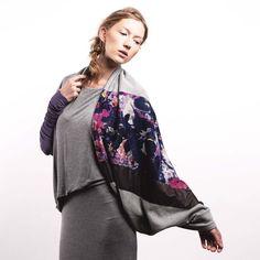 Jerseyschals - Trikot Schlauchschal Lila Blumen Flowers Purple - ein Designerstück von CADOaccessories bei DaWanda