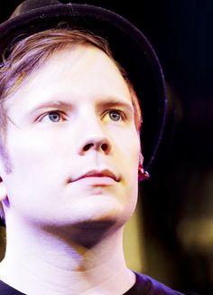 Patrick Stump <3 Look at his beautiful eyes!