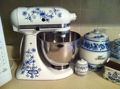 More pretty decals for a kitchen mixer.