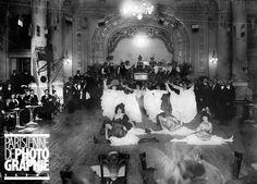 Le quadrille au Moulin-Rouge. Paris,1906.                                                                                                                                                                                 Plus