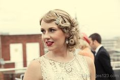 20's updo really pretty I like this one