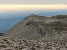 Cima dell'Altare seen from Monte Amaro at sunrise (Majella, Italy)