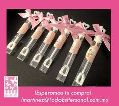 Burbujas para boda en forma de tubos de 10 cms, con etiqueta personalizada y moño de listón palo de rosa ($9.00 c/u) compra mínima 12 piezas