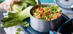 Pakchoi-Kokos-Suppe mit Putenstreifen