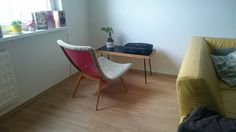 Navratil TV chair Easy Chairs, Lounge Chairs, Chair Design, Eames, Mid-century Modern, Originals, Accent Chairs, Mid Century, Tv