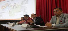 PDVSA y Fenegas en reunión para garantizar suministro de combustible Serrano informó que la estatal no tolerará acciones indebidas de quienes intenten perjudicar el suministro de gasolina en el país.  http://wp.me/p6HjOv-3XD ConstruyenPais.com