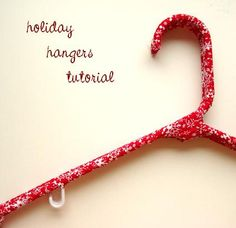 how to make a fabric wrapped hanger. love this site so far. Fabric Covered Hangers, Cute Crafts, Diy Tutorial, Holiday Gifts, Christmas Crafts, Diy Projects, Diy Hangers, Beads, Fabric Sewing