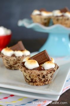 S'mores Cookie Cups - easy way to enjoy a s'mores without the mess of a campfire