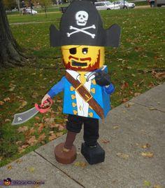 Lego Mini Figure Pirate Costume - Halloween Costume Contest via Lego Halloween Costumes, Halloween Costume Contest, Cute Costumes, Zombie Costumes, Family Costumes, Group Costumes, Costume Ideas, Creative Halloween Costumes, Halloween Kids