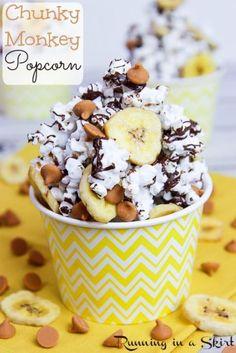 Popcorn Mix, Popcorn Snacks, Flavored Popcorn, Gourmet Popcorn, Popcorn Balls, Popcorn Dessert Recipe, Crack Popcorn Recipe, Colored Popcorn, Popcorn Shop