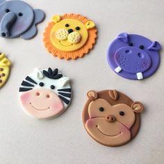 12 Jungle Animal Safari / Zoo Themed Fondant by HoneyTheCake Safari Cupcakes, Fondant Cupcakes, Animal Cupcakes, Fondant Toppers, Fun Cupcakes, Cupcake Cakes, Valentine Cupcakes, Rose Cupcake, Fondant Figures