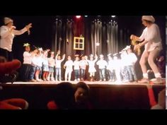 Festa de Natal - Estrelas Sentinelas - JI sala 3 anos - YouTube Youtube, Education, Concert, School, Xmas Songs, Christmas Stars, Christmas Wreaths, Kids Songs, Childhood