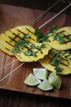 Grilled Mango Skewers #MeatlessMonday #grilling