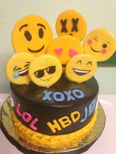 Cute Profile Pictures, Profile Pics, Amazing Cakes, Salads, Birthday Cake, Desserts, Kids, Food, Tailgate Desserts