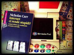 Nicholas Carr, Internet ci rende stupidi? (Raffaello Cortina Editore)