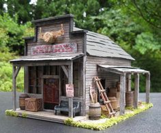O scale saloon bar Chicken Accessories, Diy Dollhouse, Coops, Ghost Towns, Model Trains, Poultry, Westerns, Gazebo, Outdoor Structures