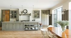 deVOL Kitchens make the Classic English Kitchen, Shaker Kitchen and Air kitchens. All our bespoke kitchens are handmade by deVOL cabinet makers in our Leicestershire workshops. Grey Shaker Kitchen, Shaker Kitchen Cabinets, Kitchen Cabinet Design, Wood Cabinets, Wood Floor Kitchen, Kitchen Flooring, Parquet Flooring, Barn Kitchen, Kitchen Dining