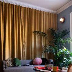 Rideau Palazzo vert amande Cushions, Home, Beautiful Interiors, Deco, Loft, Rideau, Apartment, Curtains, Round Cushion