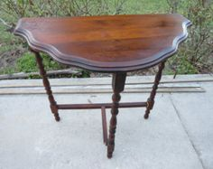 Vintage,possibly antique,side table,decorative,lathe,turned,wood,Brown,hall, foyer,three leg, tripod,small $149