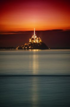 Mont Saint Michel Castle from #treyratcliff at www.StuckInCustom... - all images Creative Commons Noncommercial.