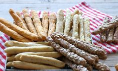 Sugar Free Desserts, Greek Recipes, Asparagus, Feta, Sausage, Food And Drink, Bread, Snacks, Cookies