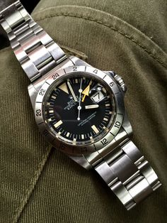 The Ultimate List of Gentleman Watch Brands [Over Swiss Luxury Watches, Modern Watches, Stylish Watches, Fine Watches, Cool Watches, Rolex Watches, Watches For Men, Vintage Rolex, Vintage Watches