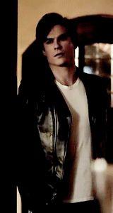 Ian Somerhalder as Damon Salvatore ❤❤❤ Damon And Stefan Salvatore, Bonnie Bennett, Vampires And Werewolves, Bad Influence, New Friendship, Katherine Pierce, Caroline Forbes, Good And Evil, Be A Nice Human
