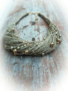 Эко колье из льна и золотистых бусин. Льняное украшение на шею. #экоколье, #льняное колье, #linen necklace, #ecojewellery