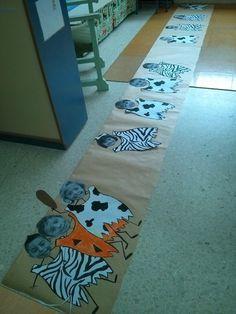 ¡Atención a la chulería de trajes que nos hemos diseñado! Cada uno con un estampado animal. Luego hemos recortado nuestras cabezas y c...