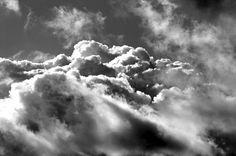 wolken himmel schwarz weiss licht