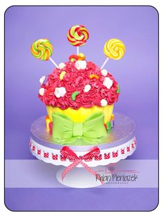 Cakes By Helzbach. Candy Theme Cake, Themed Cakes, Drink, Desserts, Photography, Food, Theme Cakes, Tailgate Desserts, Beverage