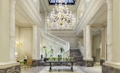 A grand hotel in Brera, Palazzo Parigi offers guests an opulent place to stay, with stylish rooms, popular restaurants and an extensive spa. Luxury Interior Design, Best Interior, Milan Hotel, Milan City, Bvlgari Hotel, Armani Hotel, Italy Landscape, Latest Design Trends, Milan Design