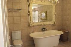 Bathroom, Straw House Serviced Apartments, St Albans