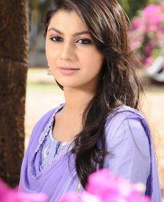 TV Serial Actress Sriti Jha Gallery