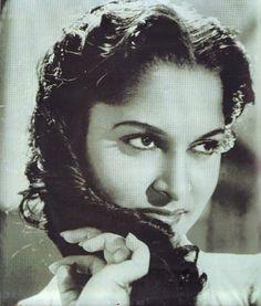 Throw back photo of Waheda Rahman ji