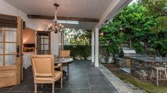 Home of the Day: Petite retreat in Venice