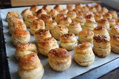 o varení, živote a tak...: Oškvarkové pagáčiky Pretzel Bites, Bread, Basket, New Years Eve, Brot, Baking, Breads, Buns