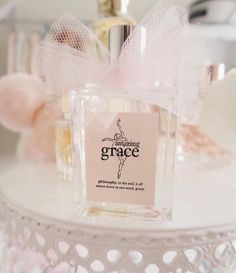 My signature scent! I've used it for 15 years now and my Son usually buys me a gift set for my birthday each year. Love it! 💖💋