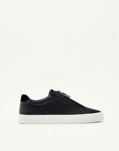 :Basic sneakers with zip