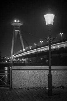 Novy most in night, Bratislava Bratislava, Homeland, Ufo, Travel Tips, Bridge, Tower, Night, Rook, Computer Case