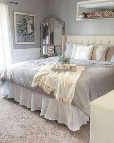 88 Cozy Modern Bedroom for Farmhouse Design Ideas Small Room Bedroom, Home Decor Bedroom, Modern Bedroom, Bedroom Ideas, Cozy Bedroom, Bedroom Furniture, Bedroom Romantic, Small Rooms, Dream Bedroom
