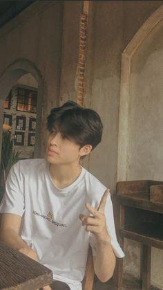 Thailand Wallpaper, Boyfriend Photos, Thai Drama, Aesthetic Backgrounds, Asian Actors, Jonghyun, Boyfriend Material, Cute Boys, Pond